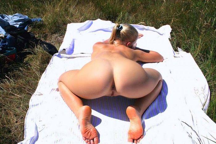 секс попки на пляже фото фото